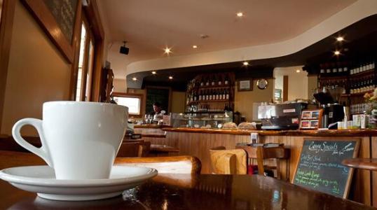 新的一年咖啡厅装修设计要讲究温暖时尚氛围